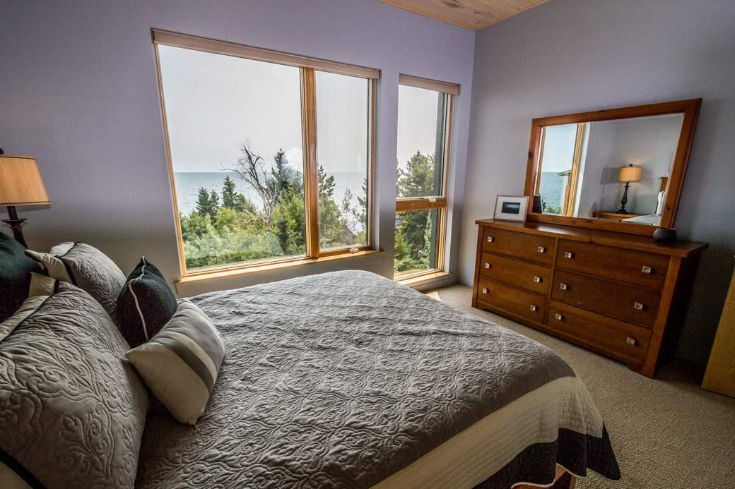 Q11-6548-5-Bedroom1-4