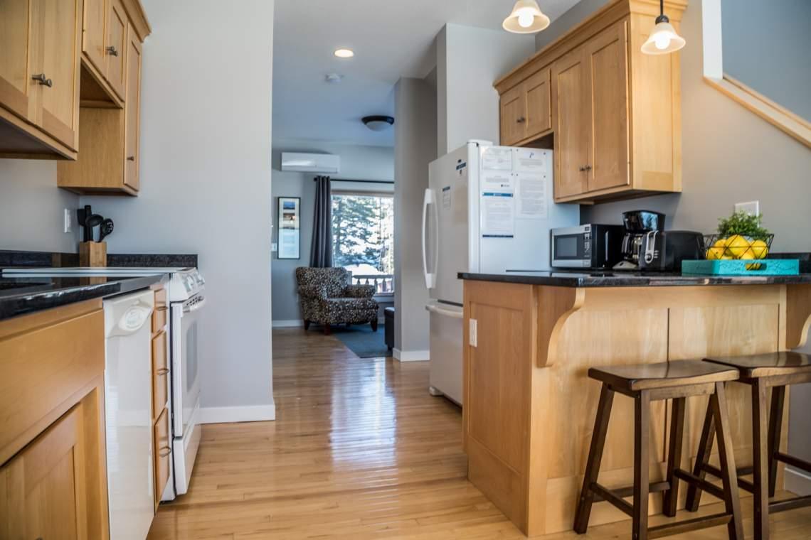 Aspen6538-2-Kitchen4