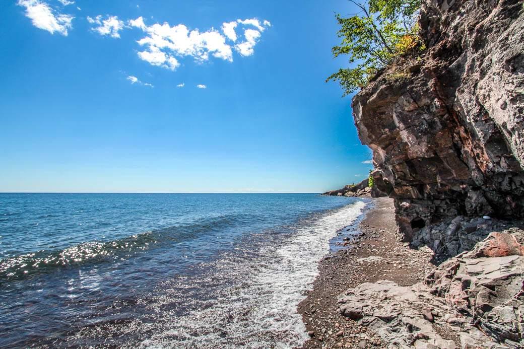 Q21-Ext-shoreline-looking-west