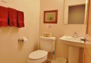 6544 Bathroom1