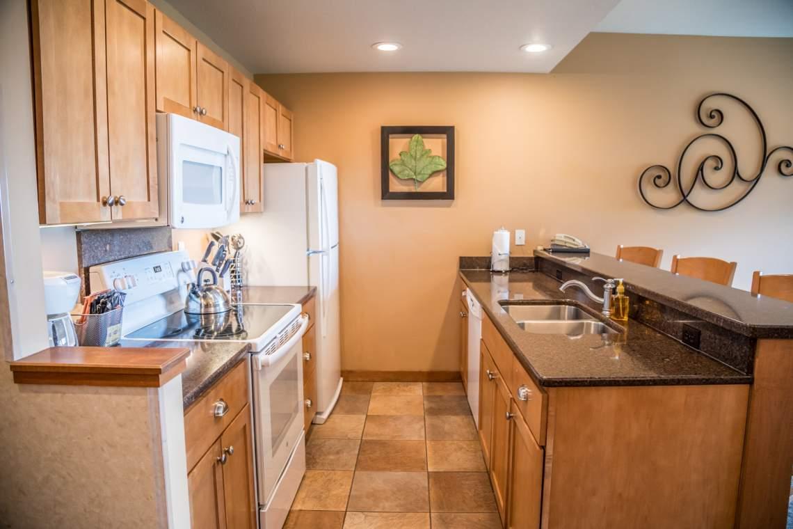 Q7-Kitchen1-180A2703
